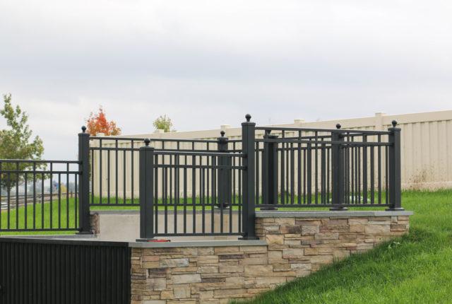 powder coated aluminum railing