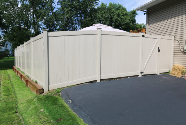 privacy fencing and gate installation