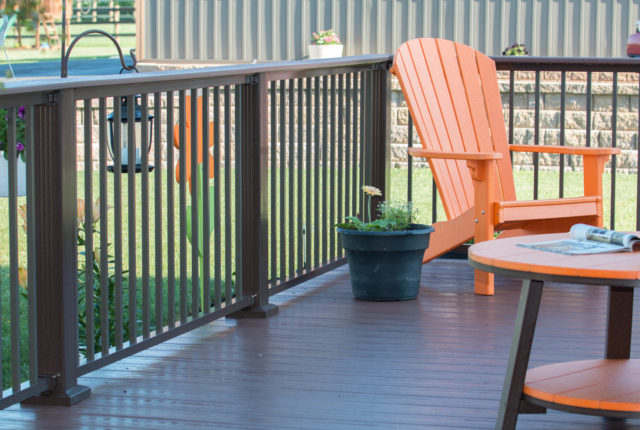 residential deck and porch aluminum railing installation services