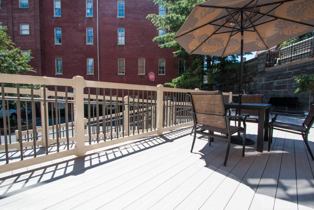 vinyl deck railing with decorative posts