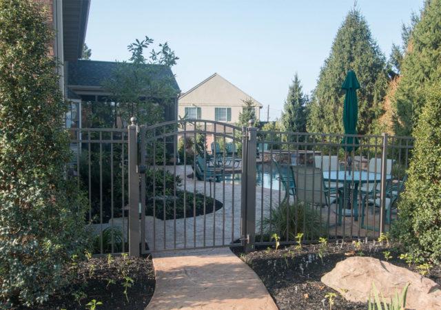 Aluminum pool gate and fence design