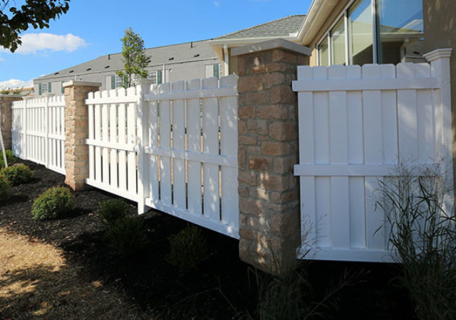 Upscale attractive fence design for backyard