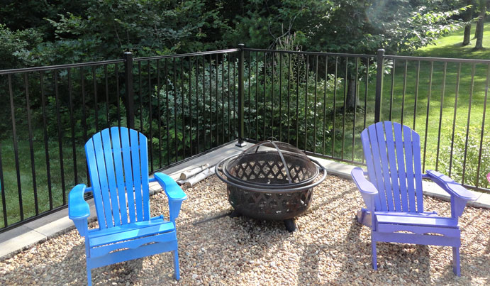 Black flat top aluminum fence in PA backyard