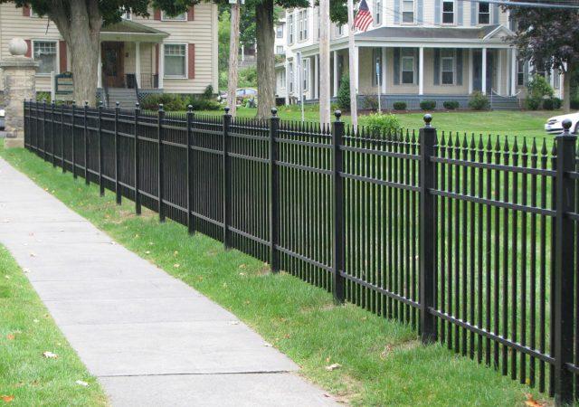 Aluminum fencing for neighborhood