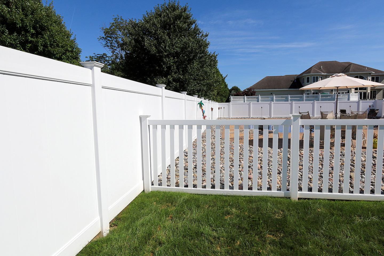 Combined vinyl fence materials