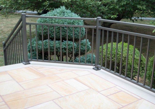 Clay colored aluminum deck railing