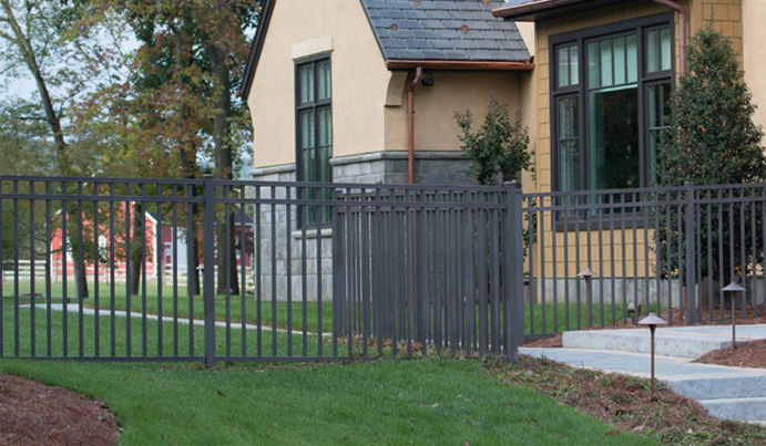 Residential flat top aluminum fence in charcoal