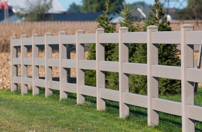 Split rail fence idea for backyard