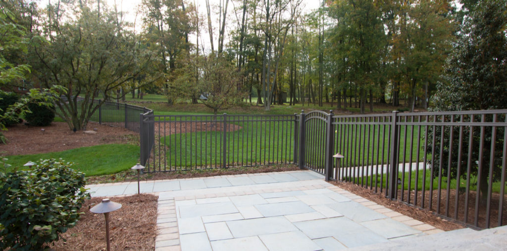 Hybrid fence for pet protection in yard